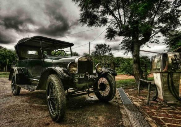 old-car-1024x720